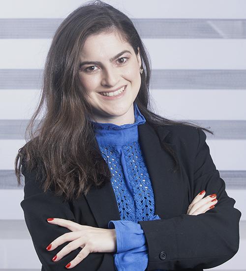 Ana Paula Luduvino - Recorte